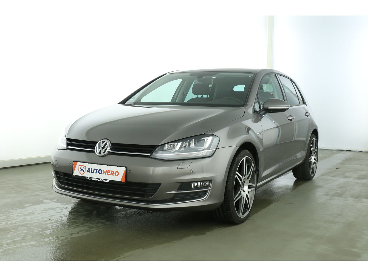 volkswagen golf vii 1 6 tdi dpf. Black Bedroom Furniture Sets. Home Design Ideas