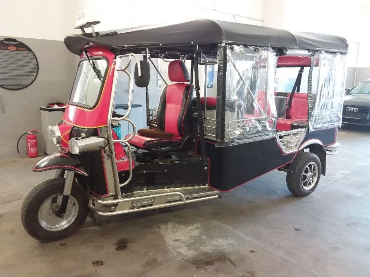 tuk tuk party auto 2 0. Black Bedroom Furniture Sets. Home Design Ideas