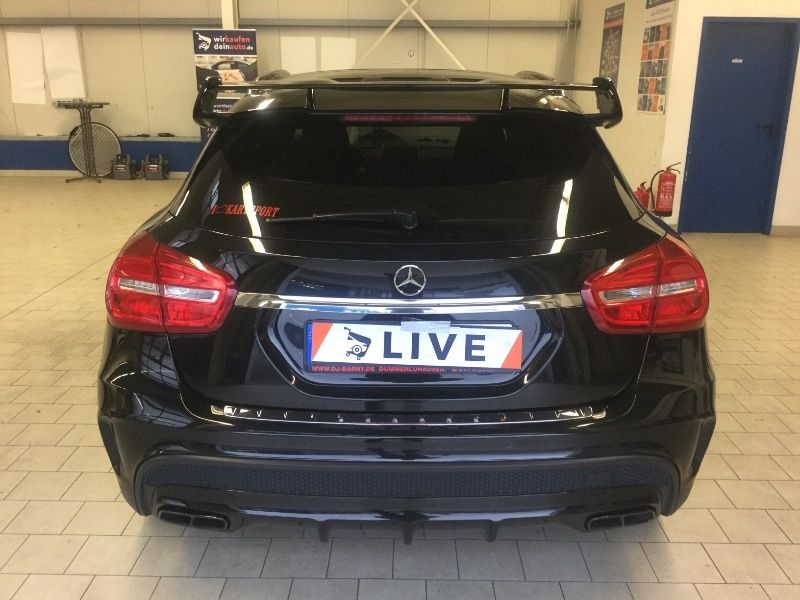 mercedes benz gla 45 amg 4matic standard xenon kamera. Black Bedroom Furniture Sets. Home Design Ideas