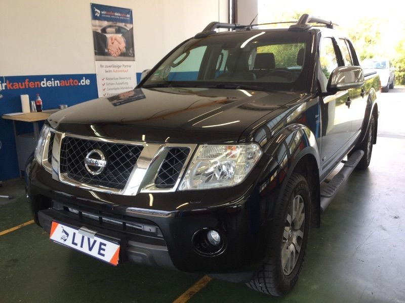 nissan navara pick up 3 0 v6 dci double cab le 4x4. Black Bedroom Furniture Sets. Home Design Ideas