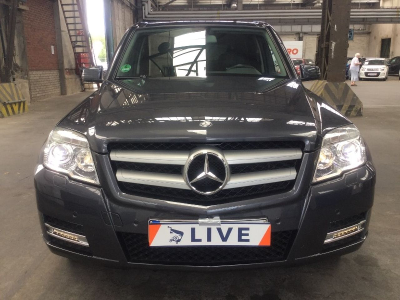 mercedes benz glk 250 cdi 4 matic be pdc xenon navi. Black Bedroom Furniture Sets. Home Design Ideas